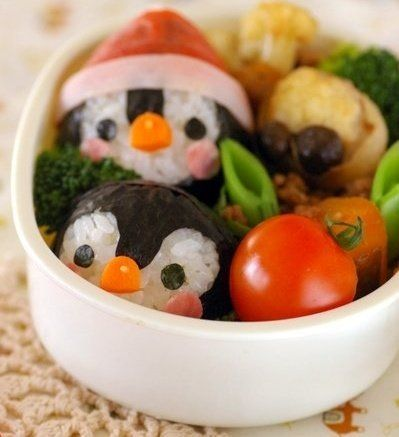 My daughter LOVES penguins.  Gotta try and make this for her for sure!