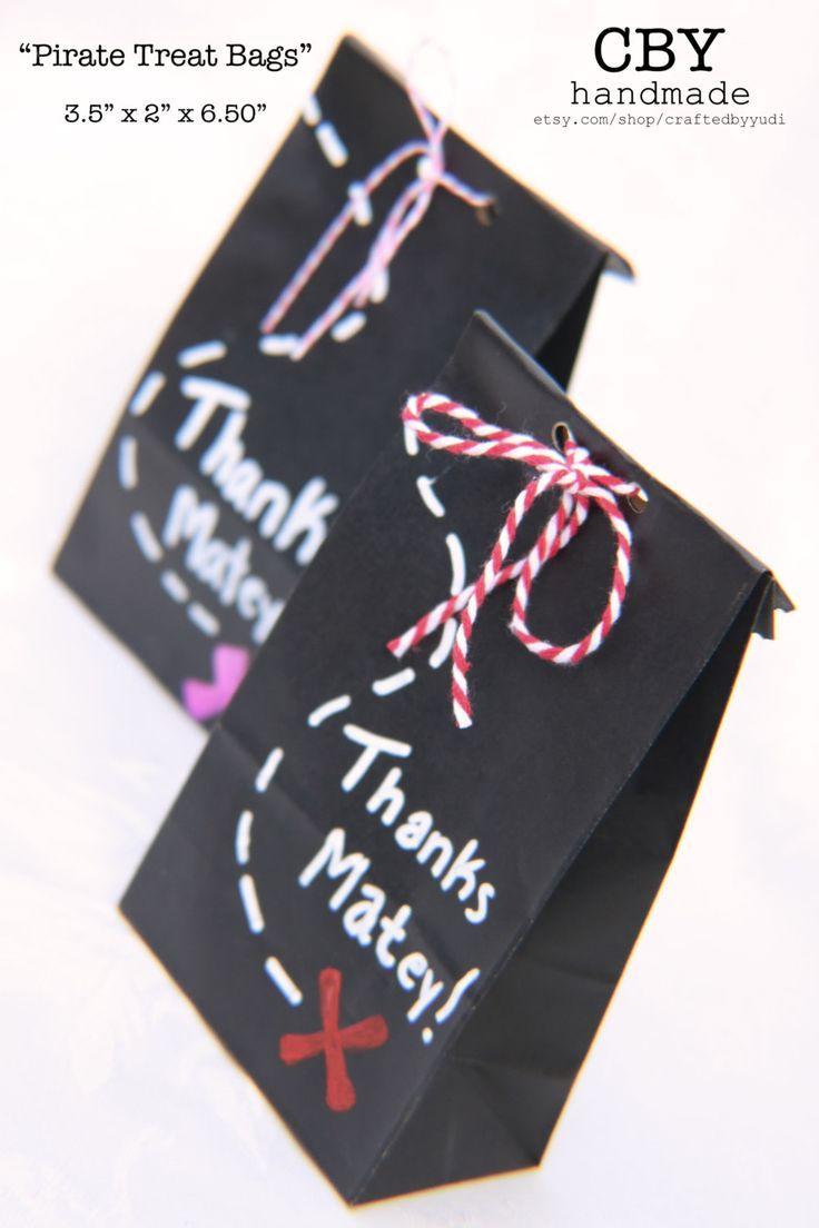 Zwei mal drei macht neun widdewiddewit und drei macht neune... ganz viele bunte Ideen für Deine Mitgebsel zum Pippi-Langstrumpf-Kindergeburtstag. Weitere schöne Ideen für Essen, Deko, Spiele, Einladungen und Give-aways für Deine Kindergeburtstagsparty findest Du auf blog.balloonas.com #kindergeburtstag #balloonas #party #pippi #langstrumpf #mitgebsel #geschenke #gastgeschenk #give-away