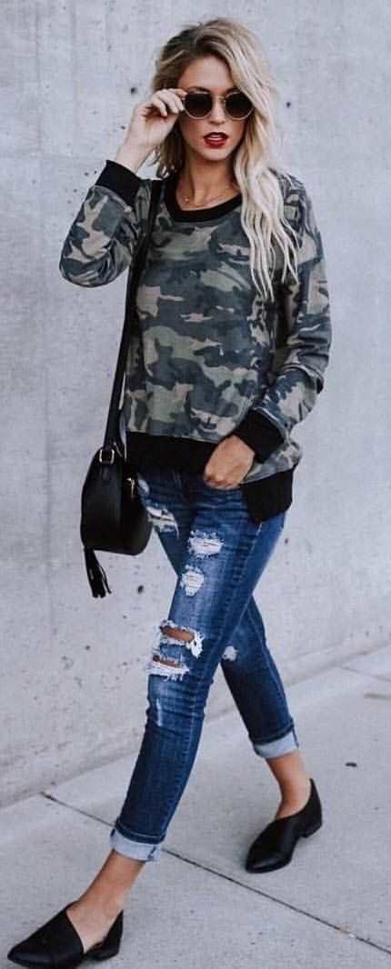 #summer #outfits  Camo Top + Ripped Skinny Jeans