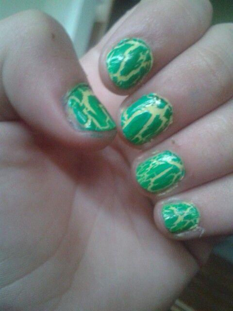 Green crackle woop
