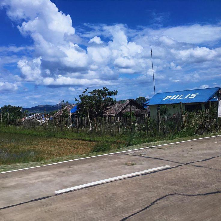 April 24 - 25, 2017 : Bacolod #vsco #vscopic #vscocam #vscofilter #vscophotos #travel #adventure #cebu #philippines #photography #bacolod #yolo #wanderlust #journey #local #outdoor #view #scenery #toledo #port #clouds #sky #blue #boats #summer #heat #random #yolo #hahahha http://tipsrazzi.com/ipost/1505961573016400124/?code=BTmQBJdB_D8