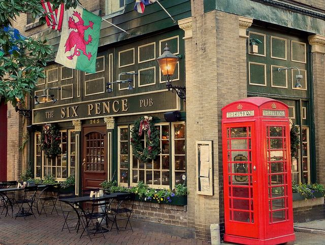 """The Six Pence Pub! Had lunch here & people were stopping to take pictures. Turns out that some of a Julia Roberts movie was filmed here>""""Something to think about""""."""