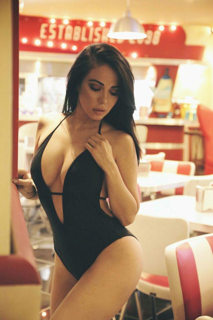 Roselyn sanchez nude pics