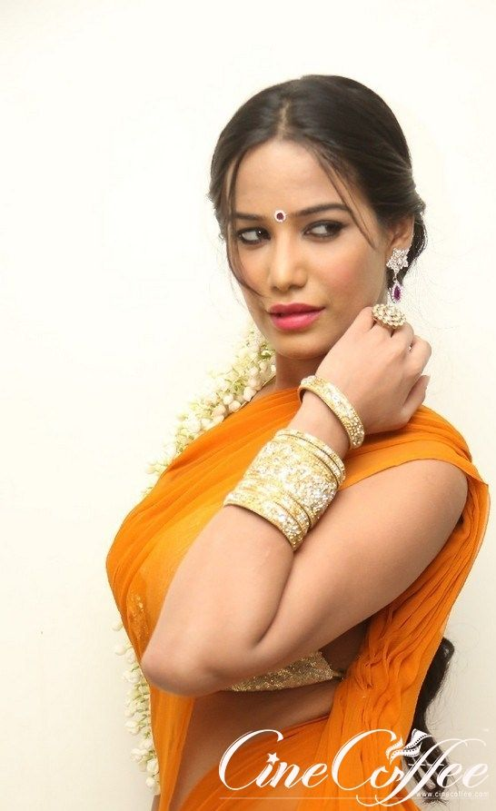 poonam_pandey Hot Stills - cinecoffee.com