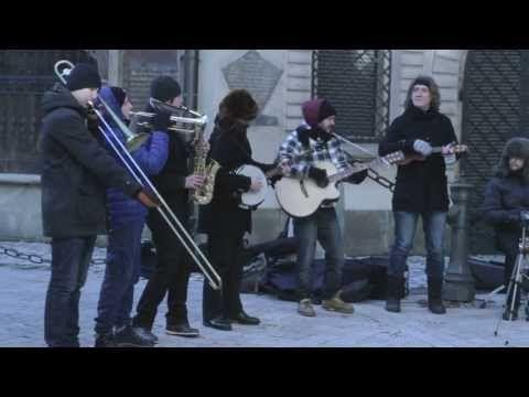Kraków Street Band - Wirtualny Futerał. Świetny projekt muzyczny ekipy z Krakowa. Projekt można wspierać na http://polakpotrafi.pl/projekt/krakow-street-band  #crowdfunding #crowdfundingpl