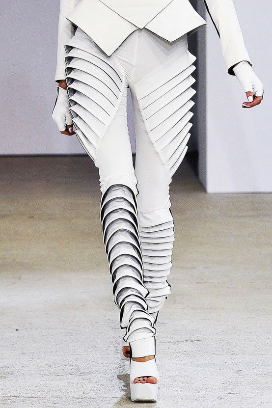 Sculptural fashion construction, fashion design, Gareth Pugh