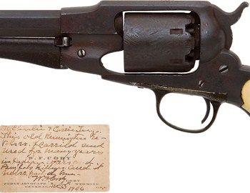 Στη διάρκεια των πολεμικών συγκρούσεων μεταξύ Ινδιάνων και του στρατού των ΗΠΑ, έγινε ευρύτερα γνωστός ο William Cody ή Buffalo Bill. Στις μάχες της εποχής ένα από τα όπλα που χρησιμοποιούσε ήταν το ρεβόλβερ με
