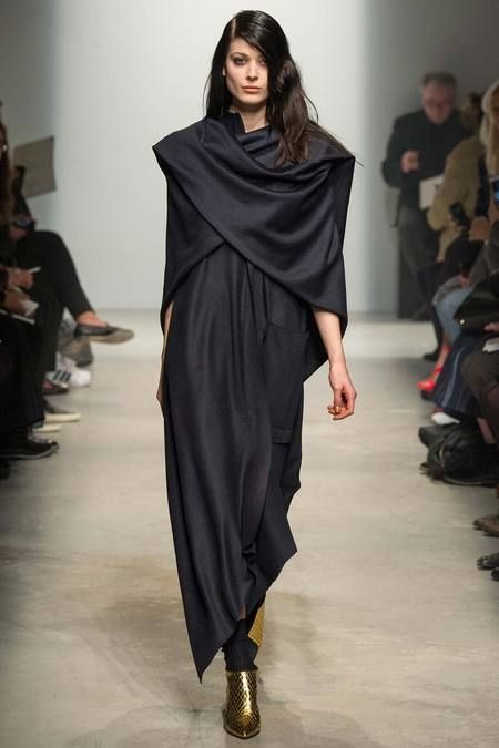 Maison Rabih Kayrouz | Fall 2014 Ready-to-Wear Collection | Style.com: Paris Fashion Week, Fashion Style, 201415 Readytowear, Rabihkayrouz, Autumnwint 201415, Home Rabih, Fall 2014, 2014 Readytowear, Rabih Kayrouz