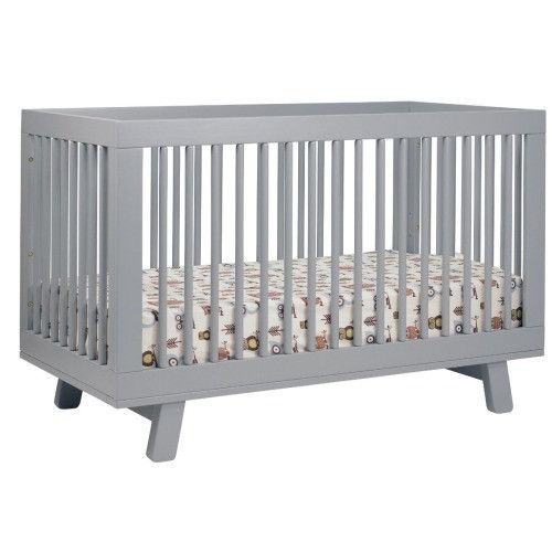 The modern look of the Babyletto Hudson 3-in-1 Convertible Crib makes it a BabyLisy Best pick. Check out our other Best Cribs here!