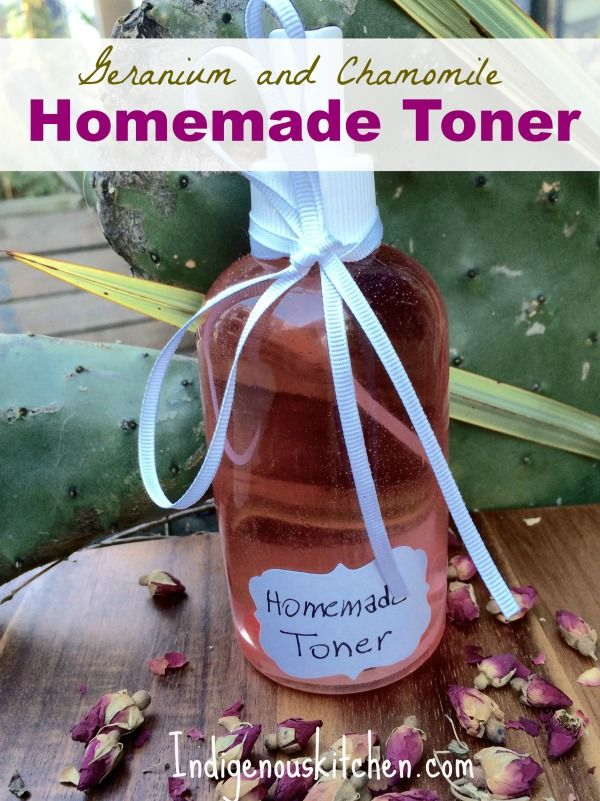 One of the easiest face skin care you can make at home is this homemade toner. With three healing and toning ingredients, you are ready to go.