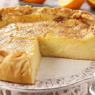 Galatopita - Greek milk pie - www.food-recipes.me - Fine cooking recipes for everyone @keyingredient #dessert #recipes #pie #easy