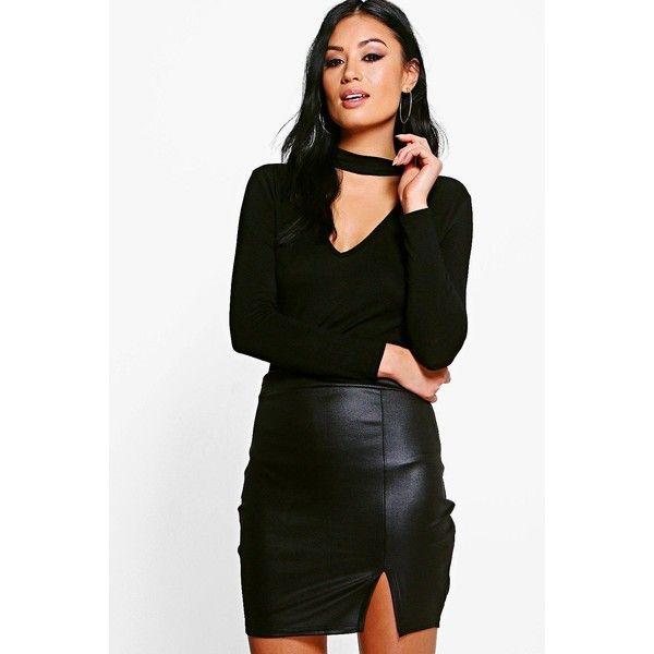 Boohoo Livia Wet Look Scuba Mini Skirt ($8) ❤ liked on Polyvore featuring skirts, mini skirts, mini circle skirt, pleated maxi skirt, pleated midi skirt, short maxi skirt and short mini skirts