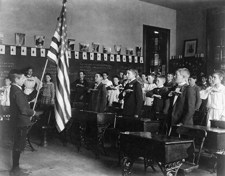 A Brief History of the Pledge of Allegiance