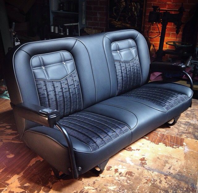 Travis Barker's K5 Blazer by @delmoxxx and seats done by @fatluckys.                                                                                                                                                                                 Más