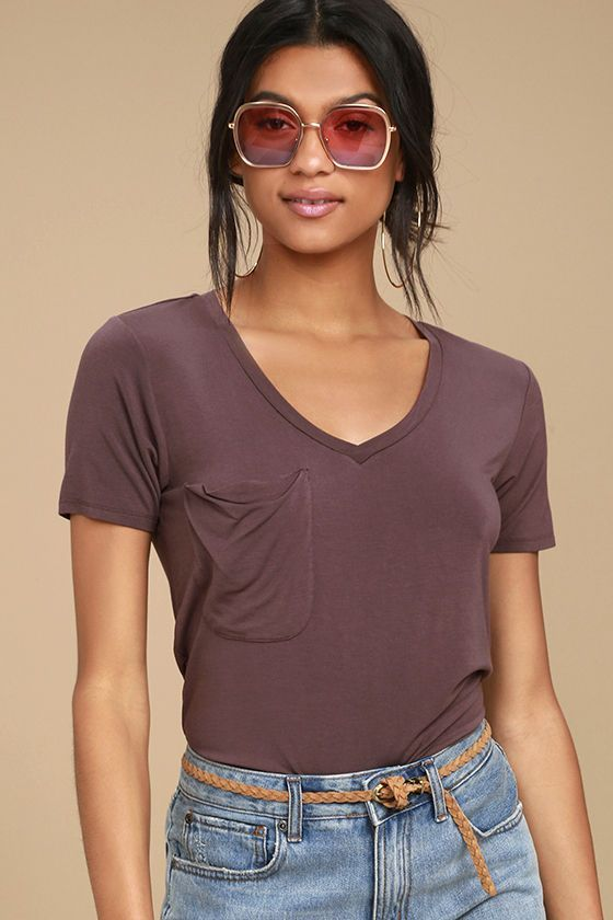 When a closet essential like the Selene Washed Plum Purple Tee comes along, you'll never want to let it go! Sleek jersey knit sweeps across a V-neck, short sleeves, and slouchy bodice accented with a raw hem patch pocket. Rounded hem adds a cool, casual touch.