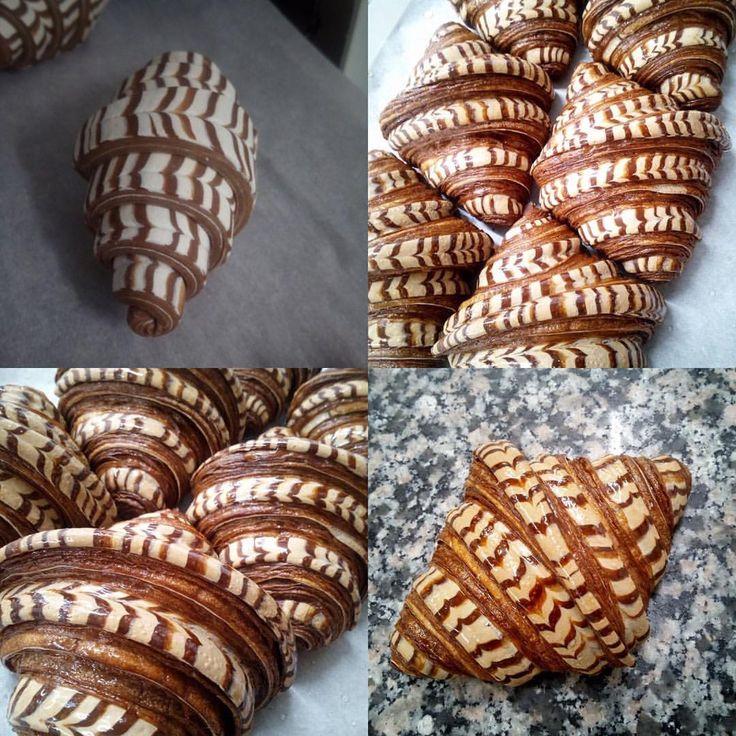 """11 mentions J'aime, 1 commentaires - Iñaki (@inaki_tissier) sur Instagram : """"Woaw les bicolores de @anthony.coeplet ! #instafood #instagram #instagram #baker #baking #bakery…"""""""