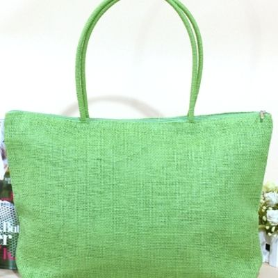 Beach bags Range of colours fully lined with top zip. $10 ea