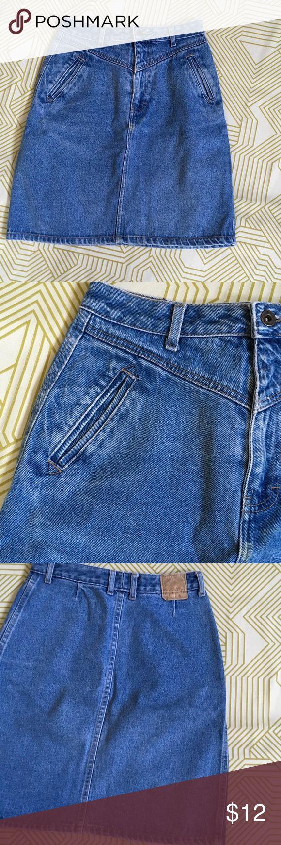 Vintage Unionbay Denim Skirt Size 9 Broken in with love...great western like Denim Skirt. Juniors size 9. Fits like a Ladies 8. UNIONBAY Skirts Midi