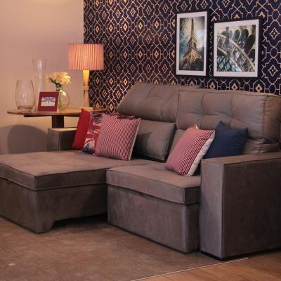 Sofá Retrátil Tremendão  Com 3 lugares reclináveis e retráteis. Super macio. Pra você e sua família curtir bons momentos na sala de TV. #sofácinzaescuro #sofácinza #sofágrande #sofáconfortável #sofádesign #sofáretrátil #sofáretrátilmoderno #decoraçao #design #saladeTV #hometheater