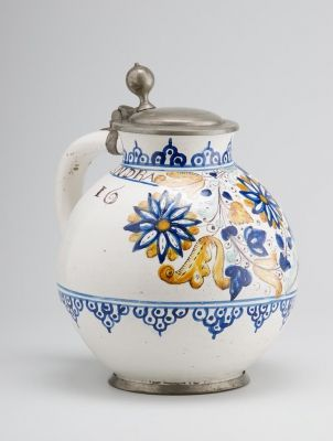 Kanna ónfedéllel - 3. korszak (1666-XVIII. sz. elejéig) a hollandiai, delfti hatás korszaka. A habánok hollandiai   követjárásával és a holland hittestvérek segítsévével talpraálló habán-udvarok újjáépítésével kapcsolatos, ugyanakkor a magyar úrihímzések befolyása is észrevehető a motívumkincsben.