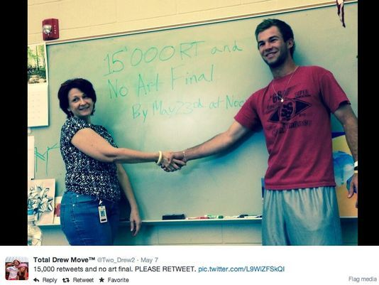 How to get out of finals - strike a retweet deal with your teacher