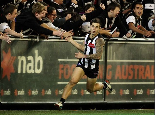 Collingwood FC, Jamie Elliott, fans. PLEASE FOLLOW ME EVERYONE AND TELL YOUR FRIENDS! Please I love all my followers!