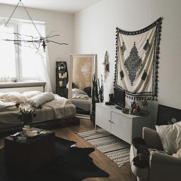 """""""Needed a change.. so living room is also bedroom from now on and the new wall hanging I got, is actually from ZARA ( its a scarf )#interior"""""""