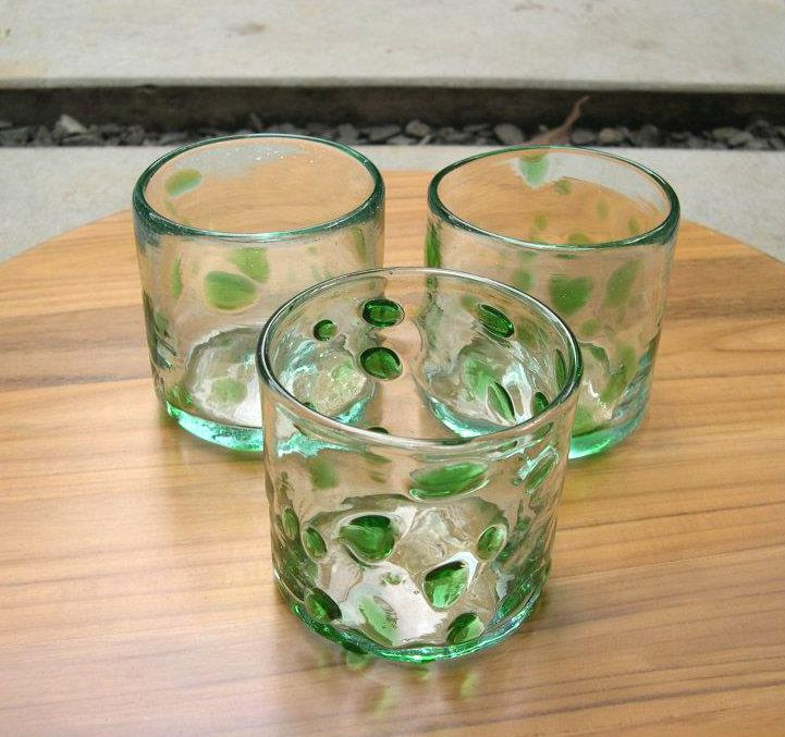 Bercak Hijau 8cm height. Cheer your day with our Bercak Hijau recycled glass, with blown glasses technique.