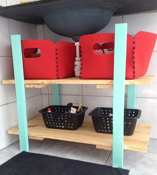 17 melhores ideias sobre Caixa Organizadora De Papelão no Pinterest  Caixa b -> Como Improvisar Um Armario De Banheiro