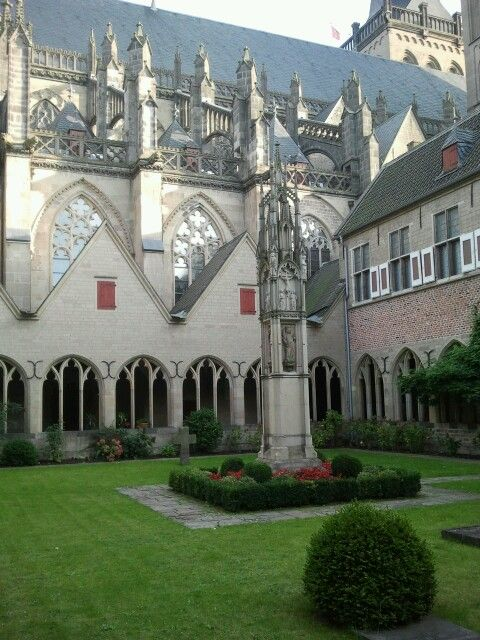 Kreuzgang Vom Dom St. Viktor In Xanten