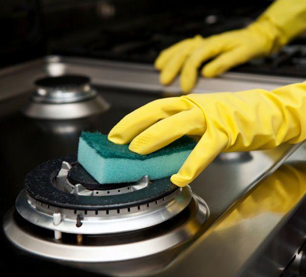 Como limpar fogão com bicarbonato de sódio: dica barata do Dr. Bactéria