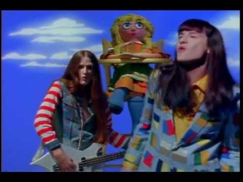 "▶ Redd Kross - ""Annie's Gone"" courtesy of Rocky Schenck - YouTube"