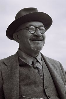 Chaim Azriel Weizmann (Hebrew: חיים עזריאל ווייצמן Ḥayīm Wayzman; 27 November 1874 – 9 November 1952) was a Zionist leader and Israeli statesman who served as President of the Zionist Organization and later as the first President of Israel. He was elected on 16 February 1949, and served until his death in 1952. Weizmann convinced the United States government to recognize the newly formed state of Israel.