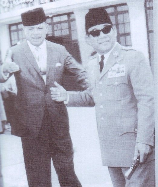 President Soekarno (Indonesia)_Arrives in Pakistan (RespeCt)
