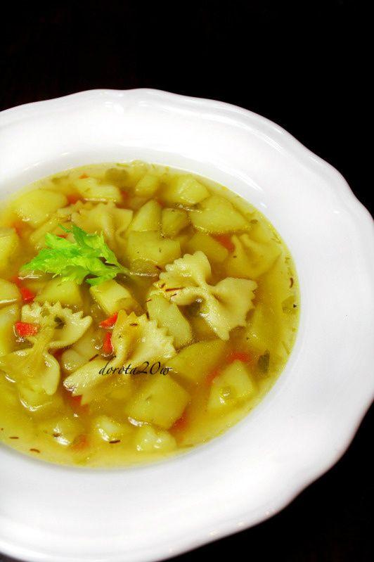 Włoska zupa ziemniaczana z szafranem
