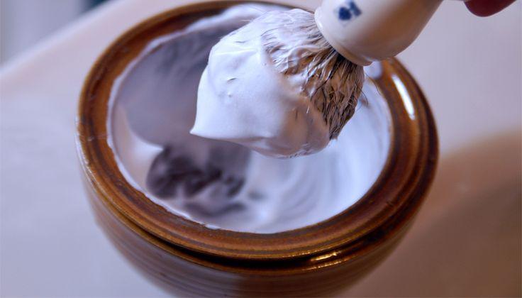 как правильно взбивать пену для бритья из мыла, крема, геля.  классная статья.