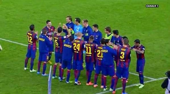 The Legend Lionel Messi: Image .. Barca players make celebration ceremonial...