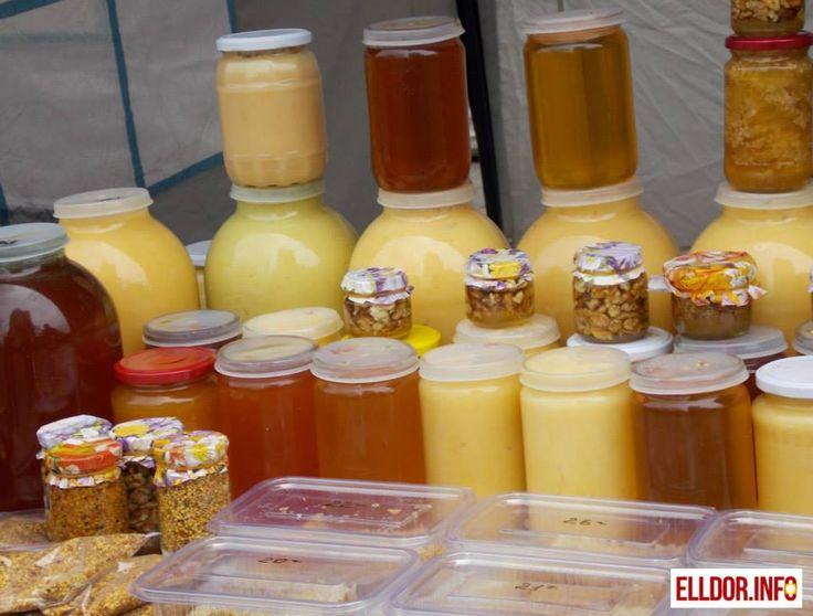 Miere-albine-borcane-tipuri-miere-miez-nuci-polen-produse-apicole