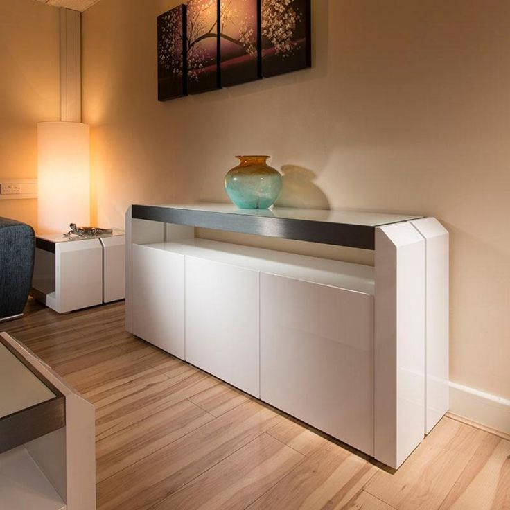 Avant Garde Design Studios 701M Sideboard/cabinet/buffet In White Gloss.  Features Include