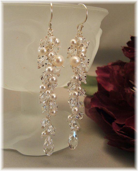 Hochzeit Tag Ohrringe Eiszapfen Perlen Ohrringe von BridalDiamantes                                                                                                                                                                                 Mehr