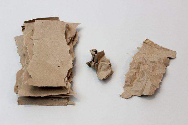 Prepare the brown paper