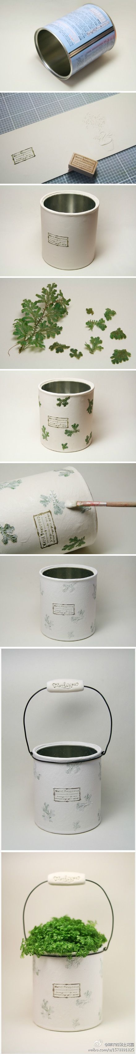 pot with recycled can // lata reciclada en maceta