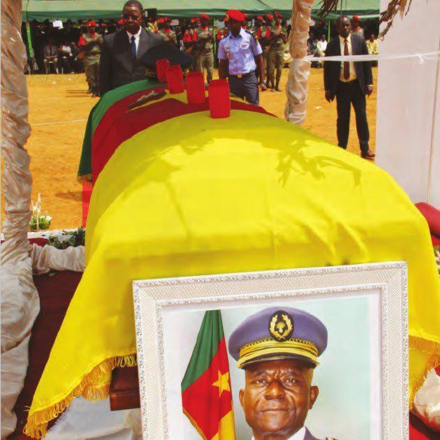 La cérémonie d'inhumation de l'officier général s'est déroulée samedi en présence de Jean Baptiste Bokam, représentant personnel du