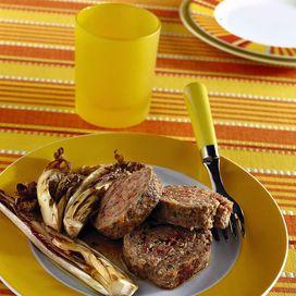 Rotolo di carne con speck e radicchio 10 ricette con il radicchio - Ricetta | Donna Moderna