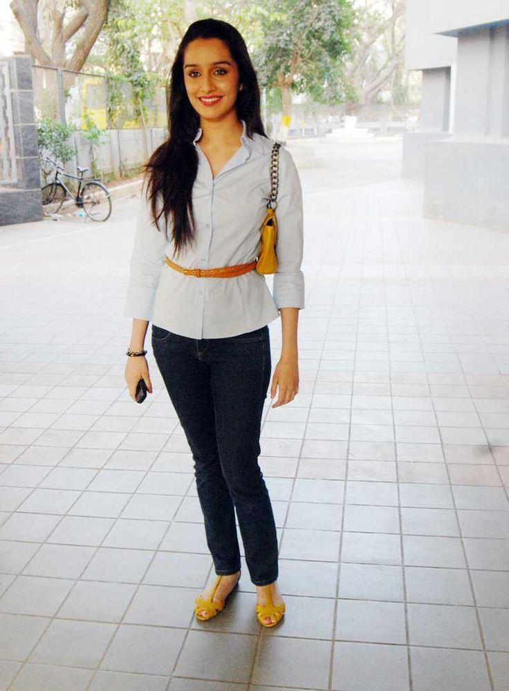 Shraddha Kapoor Giving A Good Pose