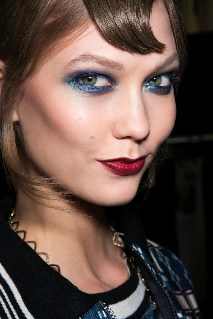 El azul intenso de Karlie Kloss