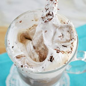 Skinny Frozen Hot Chocolate | Cocktails & Drinks | Pinterest