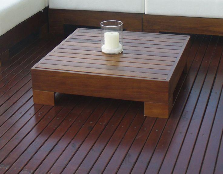 Mesa Flex, parte del juego de Living del mismo nombre. Además, agregándole su tapicería la convertís en un módulo de sillon más.