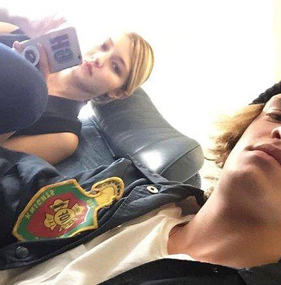 Le snapchat awkward de Cody Simpson et Gigi Hadid... | HollywoodPQ.com