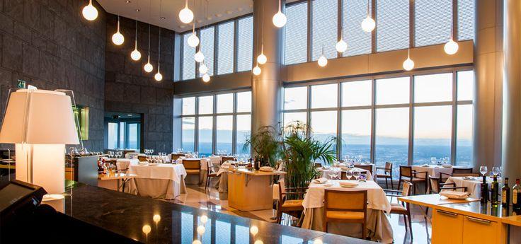 Espacio 33, el restaurante más alto de Madrid, en el piso 33 de Torre Espacio
